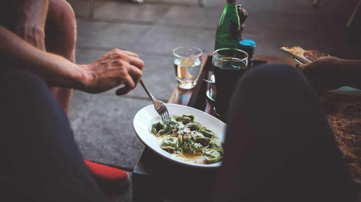 Una nueva investigación muestra por qué la dieta baja en carbohidratos lo daña todo