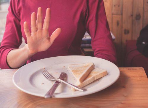 Reducir la pérdida de peso de los carbohidratos no saludables.